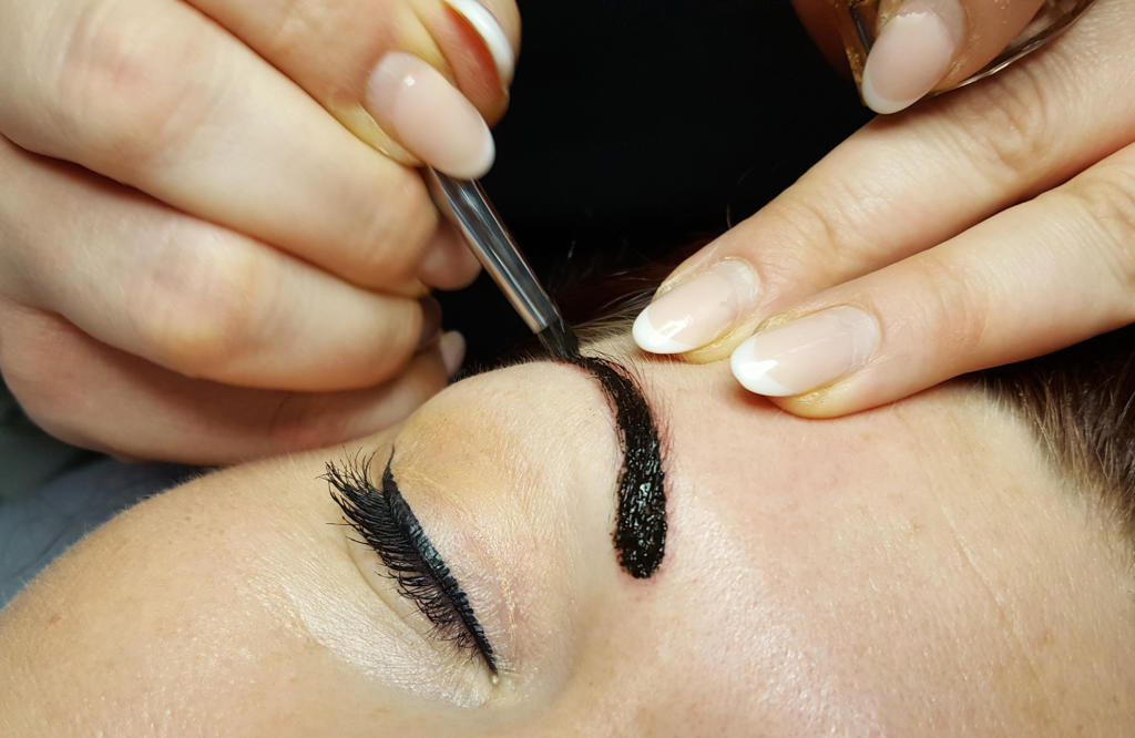 Henna-Brows-03